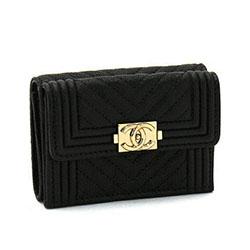 シャネル ボーイシャネル 財布 キャビアスキン 二つ折り財布 画像