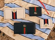 グッチ ラウンドファスナー 財布の買取はブランドバイヤーへ! 画像